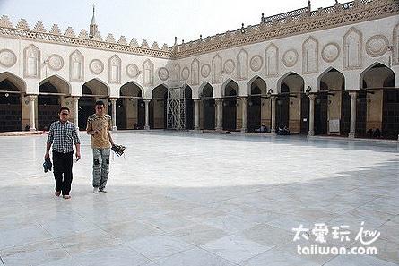 哈利利市場(Khan al-khalili)附近的清真寺