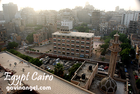 Wake Up Cairo Hostel窗戶看出去的開羅