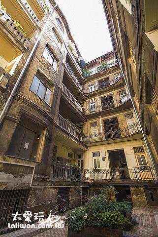百年的老公寓