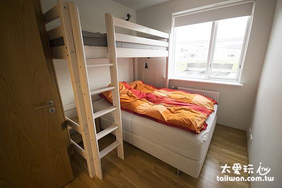 阿庫雷裡度假公寓三人房