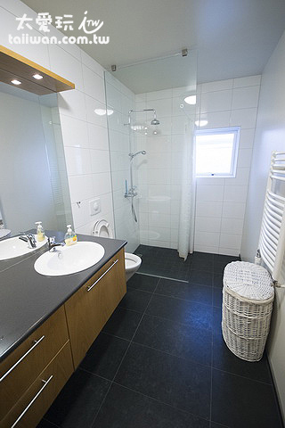 阿庫雷裡度假公寓浴室乾淨明亮