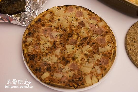去超市買PIZZA回來自己烤超好吃