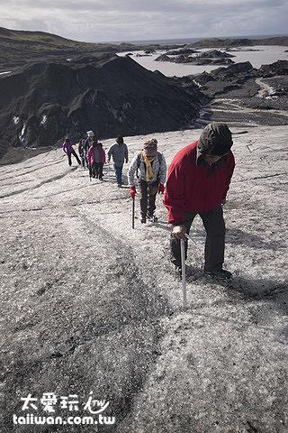 最初階的冰河健行
