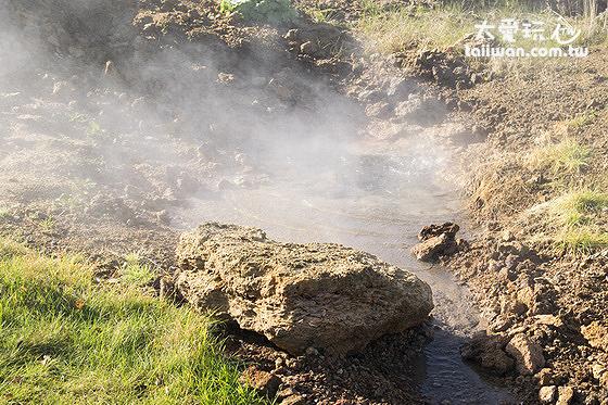Geothermal park地熱公園的溫泉源頭