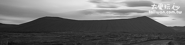 Hverfjall 偽火山口直徑就超過1公里