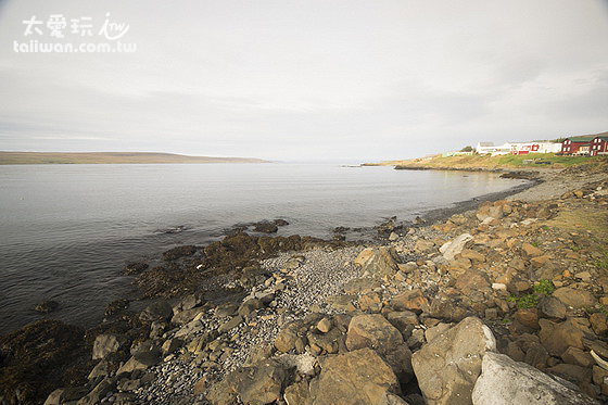 Icelandic Seal Centre 海豹博物館旁的海岸