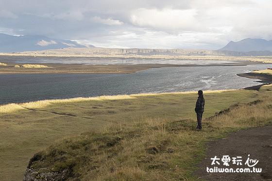Hvítserkur cliff 的景色也非常壯闊