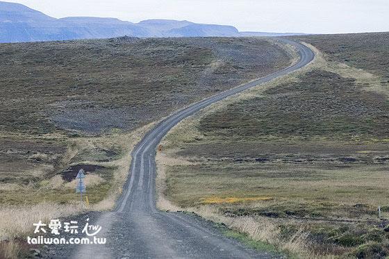 冰岛旅游之租车自驾必看(取车、开车上路、加油、停车篇)