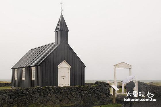 Búðakirkja黑教堂