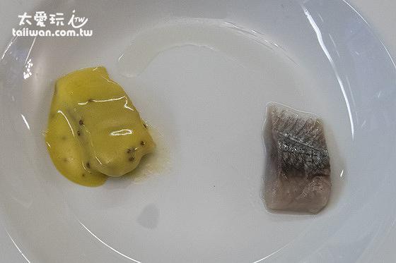 Hotel Hella赫拉酒店早餐有兩種醃魚