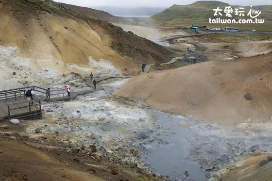 Seltún是我們抵達冰島第一個看到的地熱區