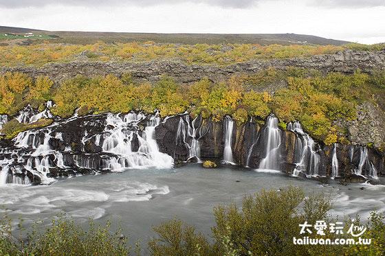 Hraunfossar熔岩瀑布群景色秀麗特別