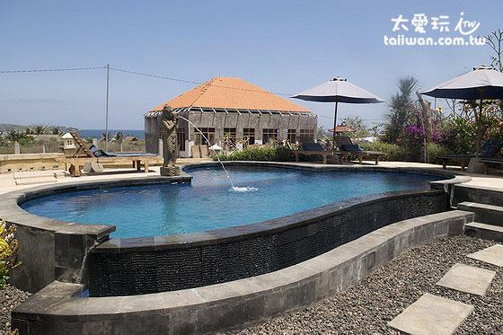 阿比安棚屋酒店Abian Huts室外泳池