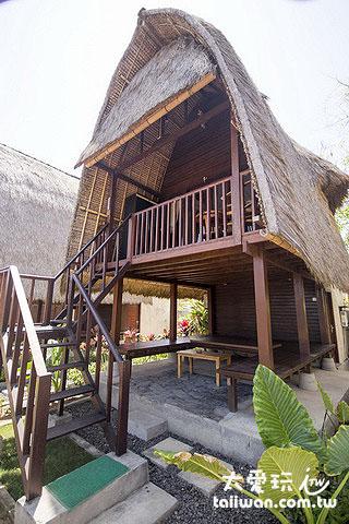 阿比安棚屋酒店Abian Huts在地特色的高脚茅草屋