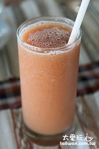阿比安棚屋酒店Abian Huts早餐果汁