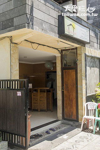 Surya Inn民宿柜台