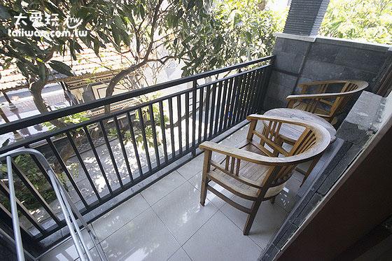 Surya Inn民宿房間陽台