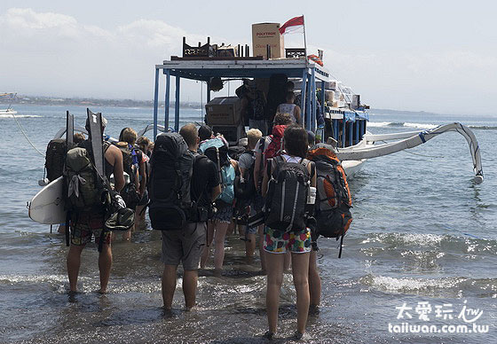 巴里岛、蓝梦岛Lembongan与吉利群岛间交通船班