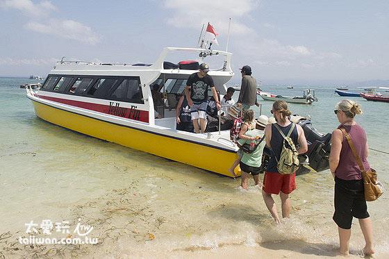 快艇公共船