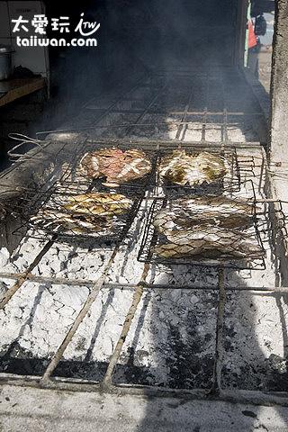 簡易烤肉攤