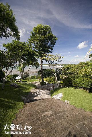金巴蘭灣四季酒店