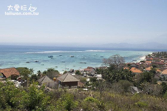 大蓝梦岛的观景台可以俯瞰整个西北海滩