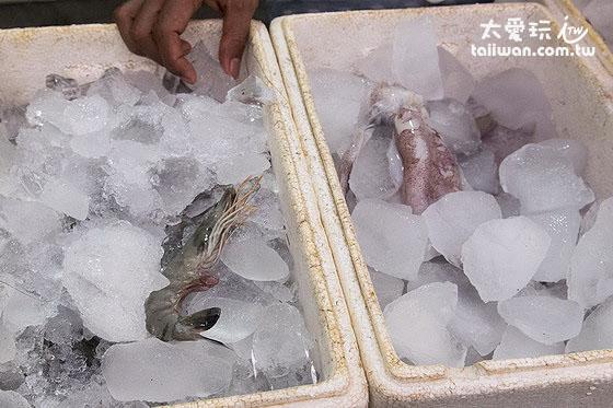 Warung 24/7的海鮮 - 蝦與烏賊