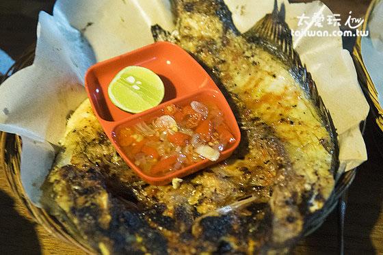 Warung 24/7的烤魚鮮嫩好吃