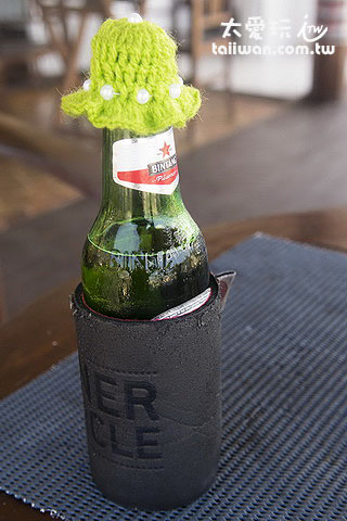 啤酒瓶口還有可愛的帽子