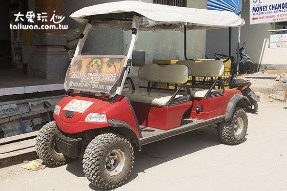 高尔夫球车是给不会或不想骑机车的人租的