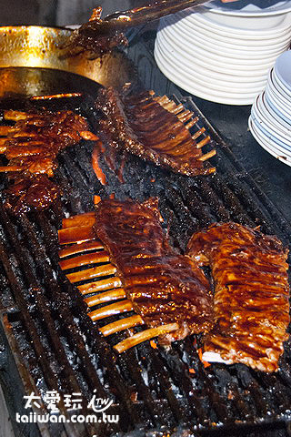 Nuri's Warung美式的露天碳烤