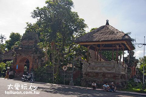 烏布皇宮Ubud Palace