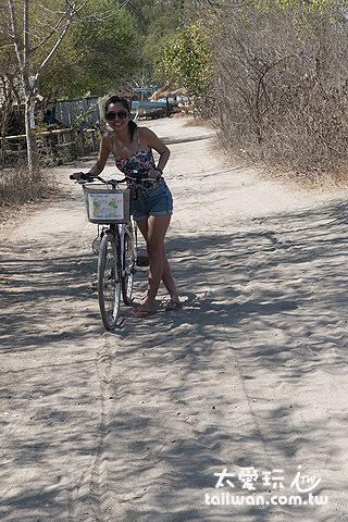 吉利島上一定要有一台單車代步