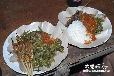 印尼自助餐選4樣菜一個白飯就要台幣100左右