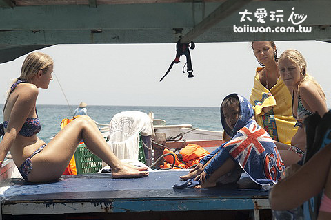 出海浮潛總共三個浮潛點大約停留1.5~2小時