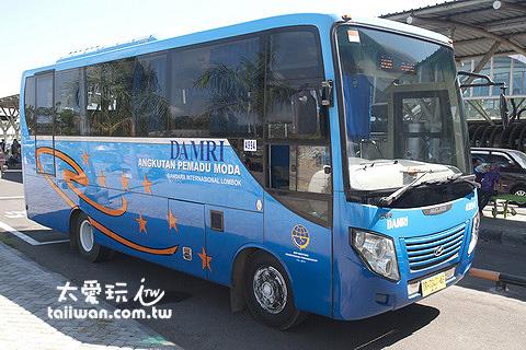 龍目島機場巴士