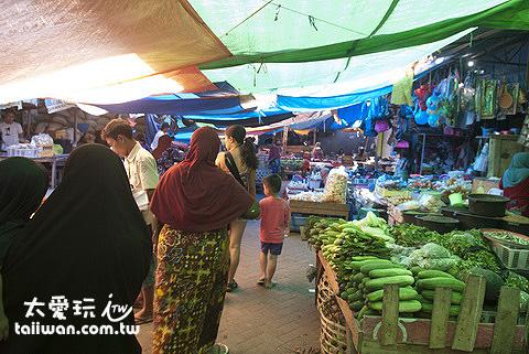 馬塔蘭傳統市場Mataram Traditional Market