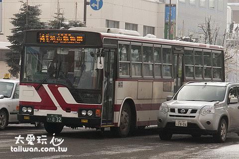 「旭川駅→旭山动物园」公车