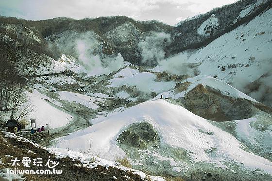 冬季的登別溫泉地獄谷
