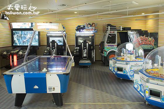 第一滝本館遊戲室規模也大