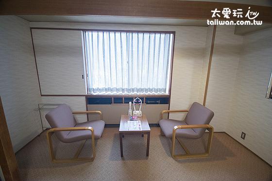 第一滝本館和室房雙人桌椅