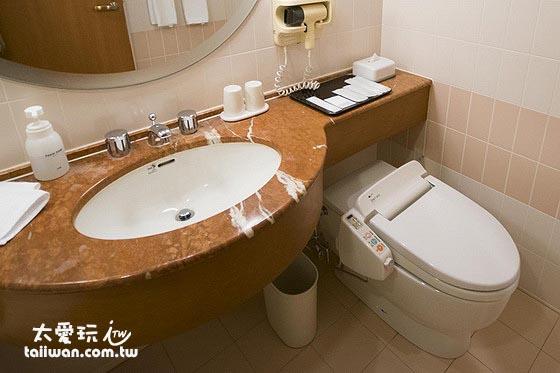 小樽君樂飯店山景房浴室