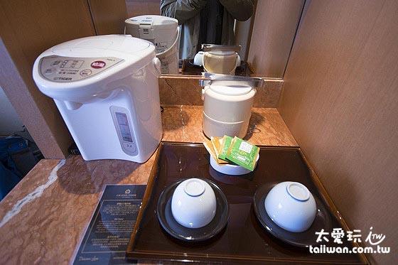 小樽君樂飯店山景房泡茶器具