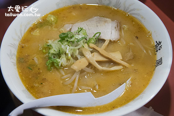 味噌拉麵800日圆