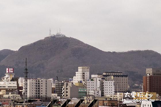 函館山原本是座火山噴發所形成的島嶼