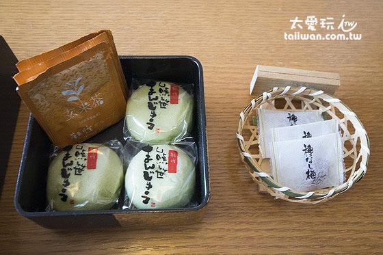 飯店贈送的茶點