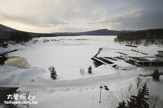 鶴雅休閒度假飯店花幽香的阿寒湖湖景