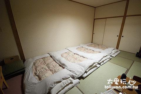 日式榻榻米的房間