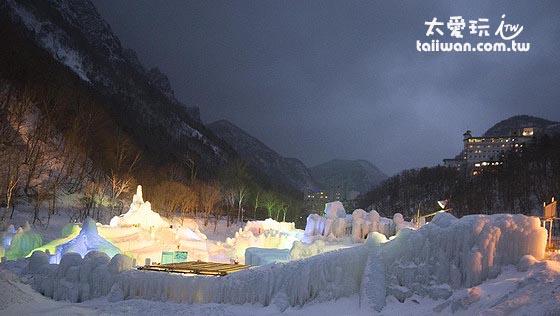 層雲峽冰瀑祭是北海道北部最著名的雪祭