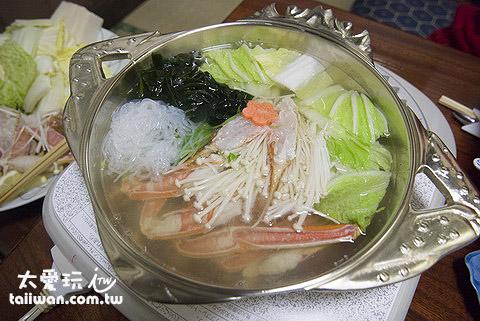 主菜螃蟹火鍋